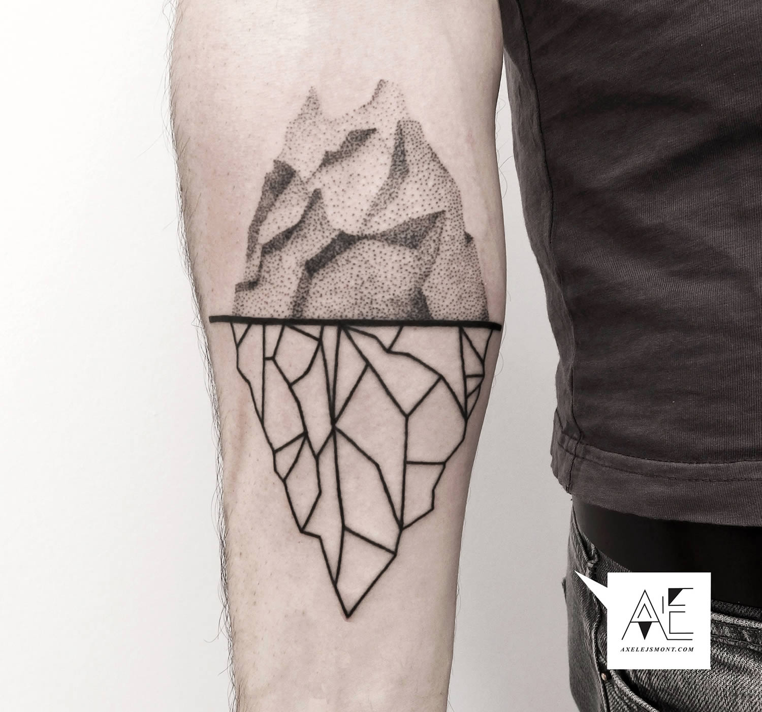 Outline Iceberg Tattoo - Parryz.com - photo#32